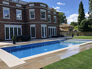 swimming-pool-construction-home